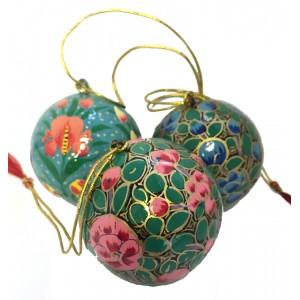 Medium Kashmiri  Lacquerware Bauble Christmas Tree Decoration - Beautiful Fair Trade Handpainted